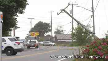 Car narrowly avoids landing in Courtenay River after crashing into power pole - CTV News VI