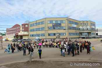 """Over 200 protesters in Iqaluit call for mental health help """"now"""" - Nunatsiaq News"""