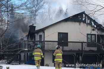 Firefighters battle blaze in Cole Harbour (8 photos) - HalifaxToday.ca