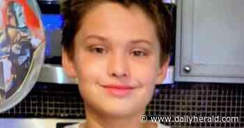 Aurora police seek help locating missing boy