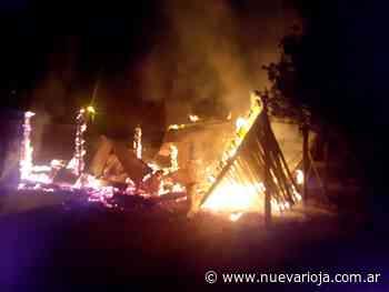 Incendio consumió una cabaña en Villa Union - Nueva Rioja