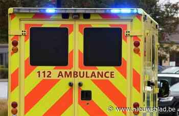 Bromfietser naar ziekenhuis na uitwijkmanoeuvre