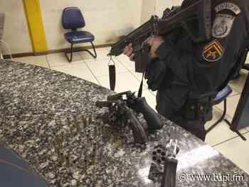 Criminosos são presos após troca de tiros em Duque de Caxias - Super Rádio Tupi