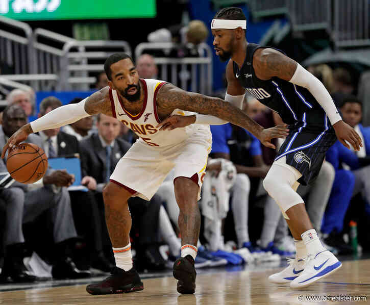Lakers expected to sign veteran guard J.R. Smith for NBA's restart, per report