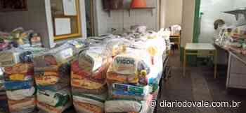 Prefeitura de Quatis entrega kits da merenda escolar para 200 famílias - Diario do Vale