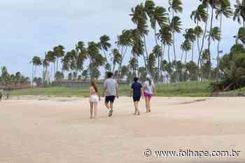 Primeiro dia de abertura das praias em Ipojuca tem movimento discreto - Folha de Pernambuco