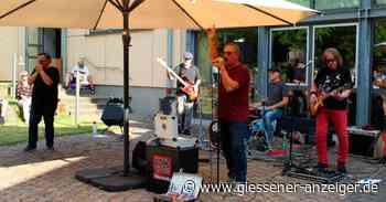 """""""Red Bananas Blues Band"""" lockt in Buseck viele Besucher - Gießener Anzeiger"""