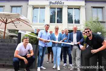 Sfeercafé Bubbles geeft startschot van terrasjesseizoen - Het Nieuwsblad