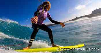 Hundreds of women are coming to Cornwall to learn how to surf - Cornwall Live