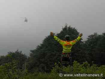 Borso del Grappa un parapendio rimane appeso tra gli alberi - Valtellina News