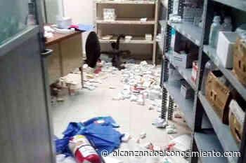 En San Andrés Larráinzar vandalizan hospital y queman vehículos, porque no se pidió permiso para realizar la fumigación contra el dengue - Alcanzando el Conocimiento