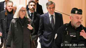 French court finds ex-Prime Minister Francois Fillon guilty of fraud - DW (English)