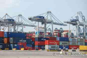 Politie onderschept 3,4 ton cocaïne in container houtskool