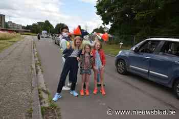 Laatstejaars rollen basisschool De Zwierezwaai uit (Vilvoorde) - Het Nieuwsblad