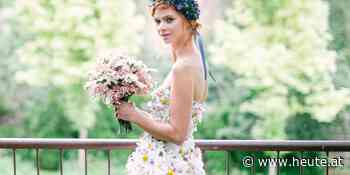 Dieses Hochzeitskleid besteht aus 22.000 echten Blumen - Heute.at
