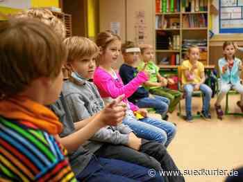Radolfzell: Nur der Pausengong fehlt noch: An der Radolfzeller Teggingerschule wird im Grundschulbereich seit heute wieder im Regelbetrieb unterrichtet - SÜDKURIER Online