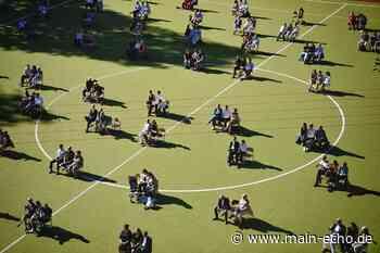 Zeugnisübergabe auf dem Sportplatz - Ideen aus dem Kreis Miltenberg - Main-Echo