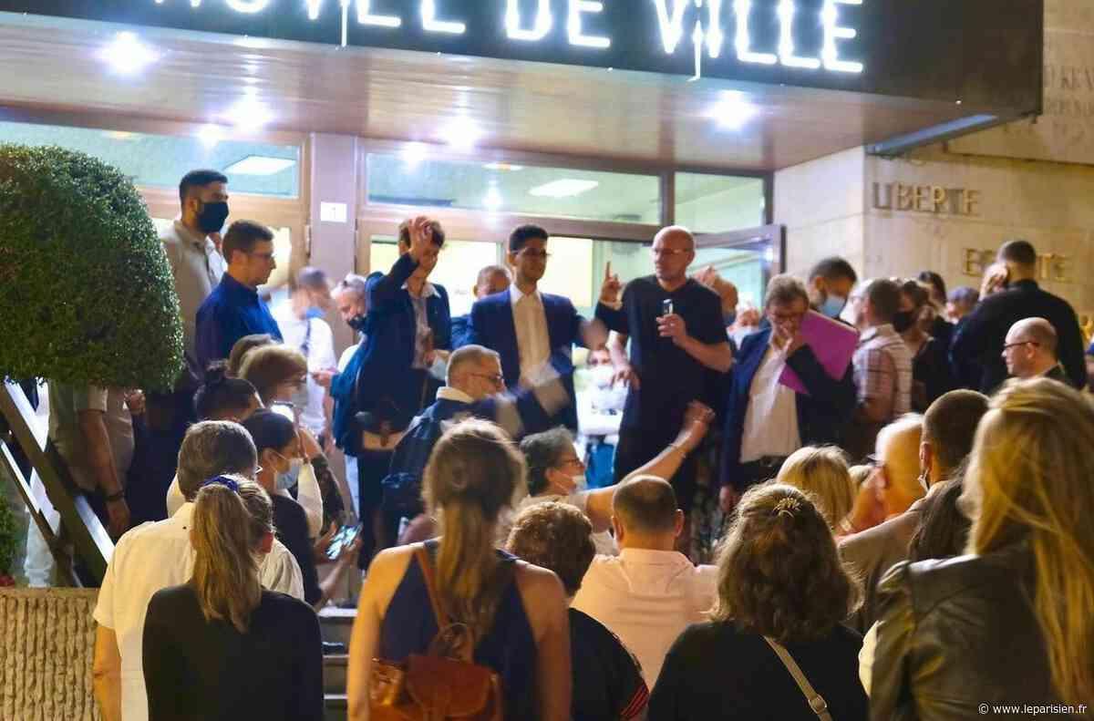 Municipales : à cinq voix près, la socialiste Neuilly-sur-Marne vire à droite - Le Parisien