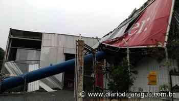 Vendaval causa estragos em centenas de residências e empresas de Guaramirim - Diário da Jaraguá