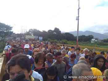 Venezolanos colapsaron el paso fronterizo en San Antonio del Táchira - El Nacional