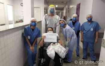 Cinco pacientes vencem o coronavírus e deixam hospital sob aplausos, em Aparecida de Goiânia - G1