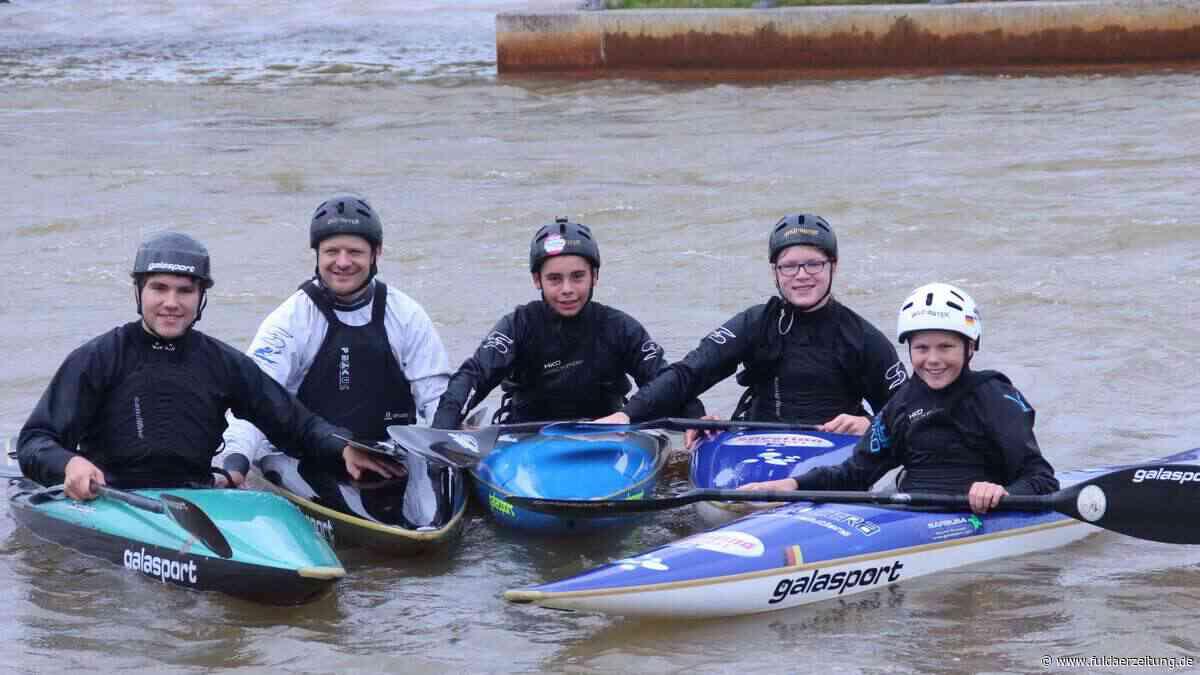Fuldaer Kanu-Nachwuchs trainiert im Wildwasserkanal von Ma rkkleeberg - Fuldaer Zeitung