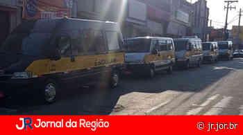 Donos de vans escolares fazem manifestação em Itatiba | JORNAL DA REGIÃO - JORNAL DA REGIÃO - JUNDIAÍ
