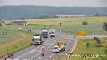 Nach zahlreichen Unfällen auf der B45: Ampelanlage bei Ortsumgehung Nidderau fertiggestellt - op-online.de