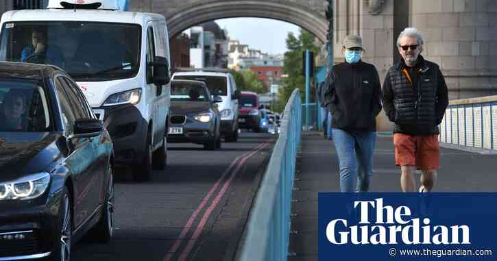 Air pollution likely to make coronavirus worse, say UK experts