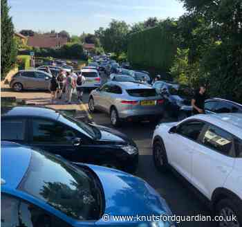 Cheshire East 'would be pleased to explore solutions' to Pickmere Lake parking chaos - Knutsford Guardian