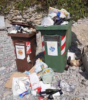 Sanremo: immondizia da giorni sulla spiaggia libera al confine con Arma, la segnalazione di un lettore - SanremoNews.it