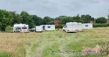 Dismay as travellers pitch up on Walsall school playing fields - Birmingham Live