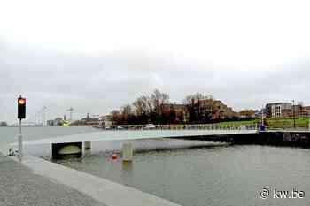 Harelbeke heeft nieuwe beweegbare brug - Samenleving - KW - Krant van Westvlaanderen