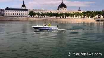 Francia: gli acchiappa-rifiuti del fiume Rodano - Euronews Italiano