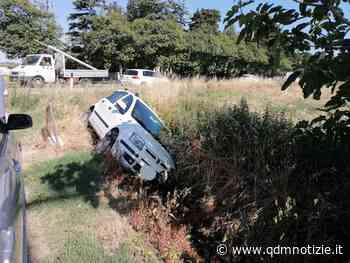 CHIARAVALLE / Tampona un'auto e la scaraventa in un fosso - QDM Notizie