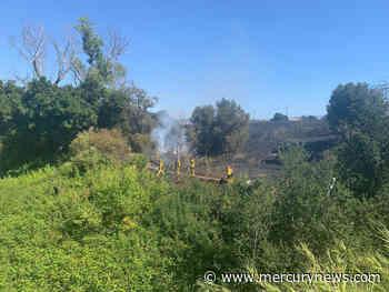 San Jose firefighter injured battling two-alarm brush fire - The Mercury News