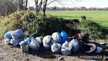 Abbandona cumuli di rifiuti nei boschi: incastrato dalle fototrappole a Magnago - malpensa24.it