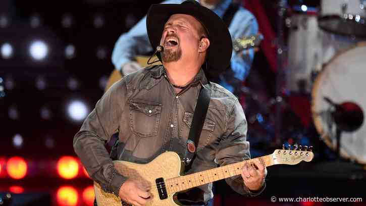 Review: At $100 per car, was Garth Brooks' drive-in concert worth leaving the house for? - Charlotte Observer