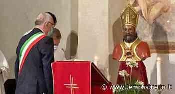 Taormina. Riaperta la chiesa di S. Pietro. L'omaggio floreale del sindaco al Patrono. FOTO - Tempo Stretto