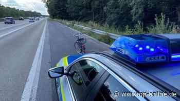 A3 Obertshausen: Frau macht irren Trip - Autofahrer schauen doof - op-online.de