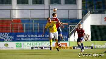 FC Carl Zeiss Jena spielt 2:2 in Unterhaching