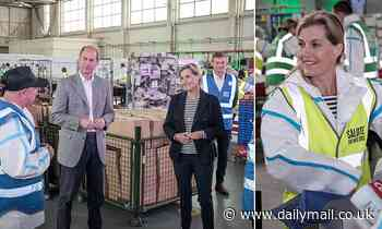 Sophie Wessex and Prince Edward make food packs for NHS workers - Daily Mail