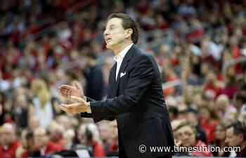 Pitino: Don't start college basketball until January