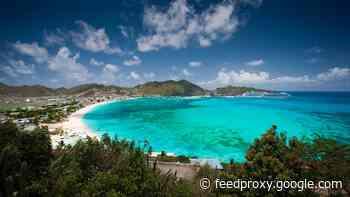 St. Maarten shuts out U.S. flights