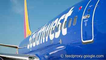 Major U.S. airlines to require health declaration