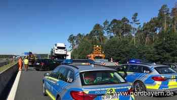 SUV prallt in Autotransporter: Chaos auf A6 bei Roth - Nordbayern.de