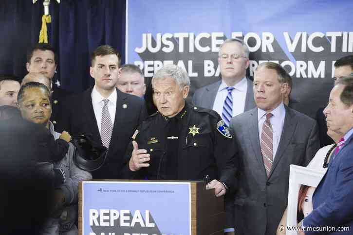 Report blasts lawmakers for campaign donations from law enforcement