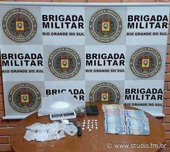 Brigada Militar prende homem por Tráfico de Entorpecentes em Carlos Barbosa | Rádio Studio 87.7 FM - Rádio Studio 87.7 FM