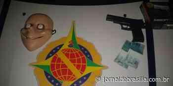 Homens acabam presos por tentar usar nota falsa em Sobradinho - Jornal de Brasília