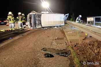 Kleinbus überschlägt sich: Vier Verletzte nach Unfall auf der A5 bei Bruchsal - BNN - Badische Neueste Nachrichten